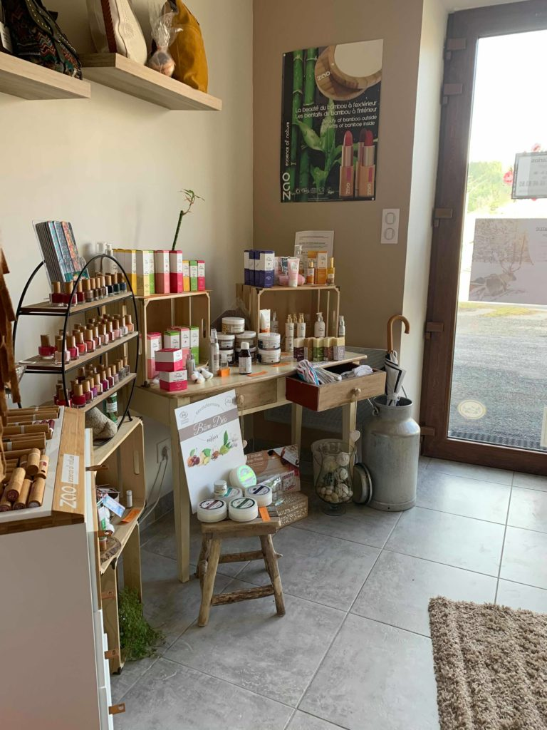 Photographie de la boutique du salon de beauté bio à coucouron